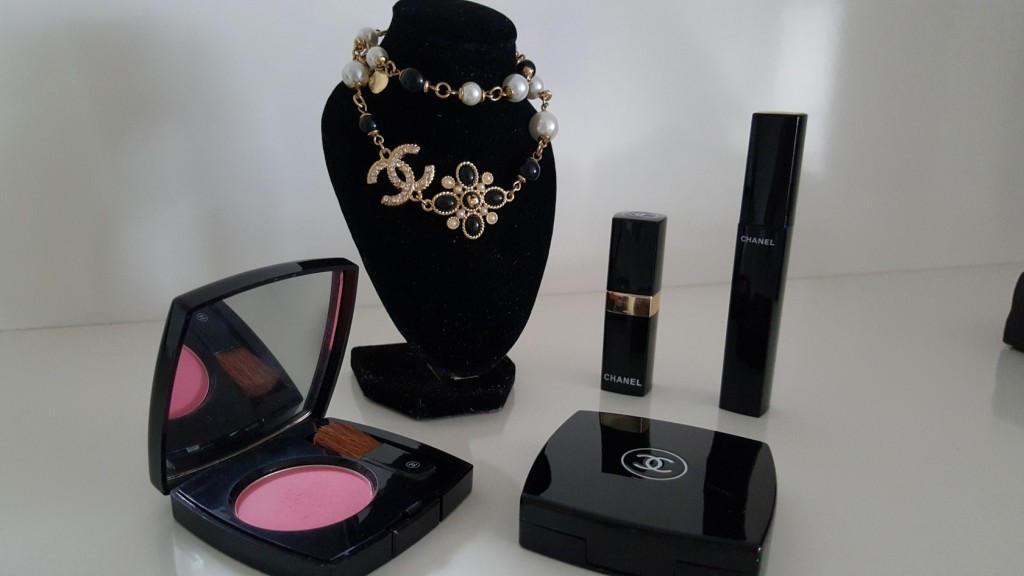 chanel_make up