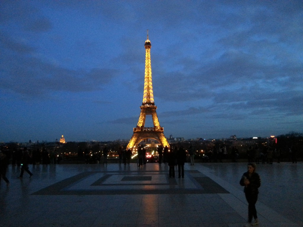 Eifel Tower by night